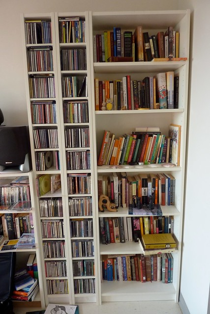 Ikea tall bookshelf 35 and cd dvd towers 35 for the for Meuble cd dvd ikea