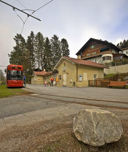 station austria tirol österreich tracks tram railway bahnhof tramway tyrol gleis 6er igls ivb linie6 strasenbahn innsbruckerverkehrsbetriebe