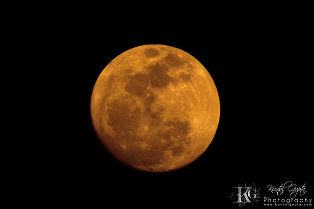 red moon dates - photo #14