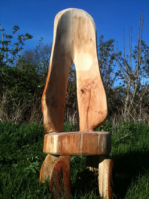 Oak chair chainsaw carving explore rob beckinsale s