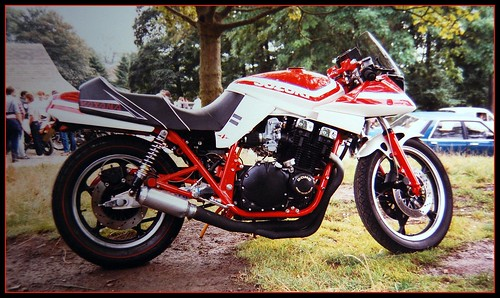 Suzuki Katana - red custom paint by davekpcv