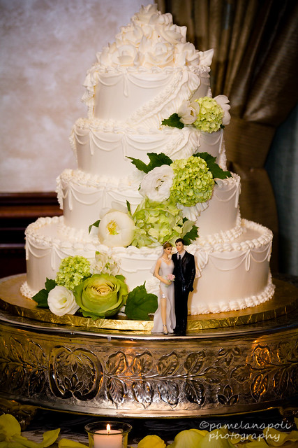 4 Tiered Round Wedding Cake with Sexy Cake Topper