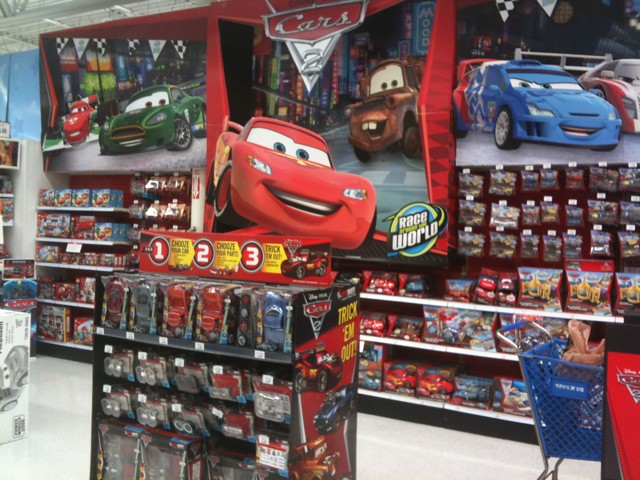 Massive cars 2 section at toys r us including ridemakerz for Bureau cars toys r us