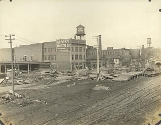 Monument Avenue, Dayton, OH - 1913 Flood