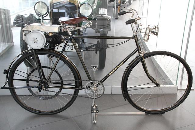 fahrrad mit dkw hilfsmotor marke edelwei flickr. Black Bedroom Furniture Sets. Home Design Ideas
