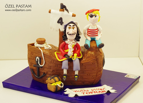 Kaptan Kanca ve Toprak'ın Pastası