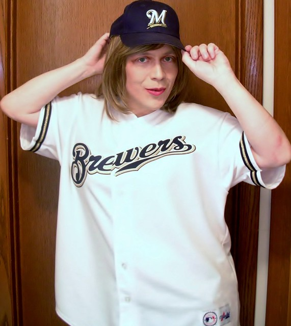 Brewers jersey and cap