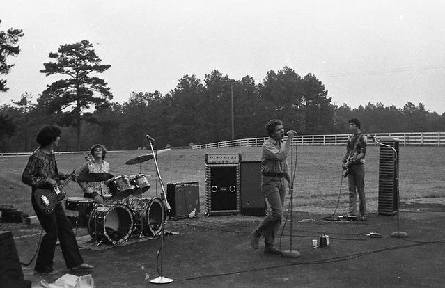 Thunder Live at Trotter's Barn (1970)