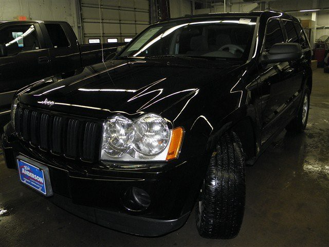 jeep, the an Jeep Grand Cherokee Commercial Voice on qualified orders