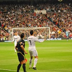 Cristiano Ronaldo: Cristiano Ronaldo control