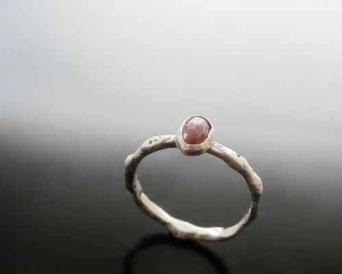 RAW52 #19 Ruby silver ring