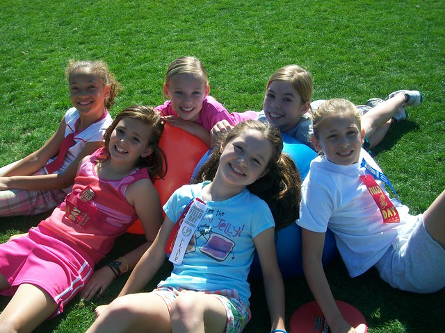 Field Day - 4th grade girls | Flickr - Photo Sharing!