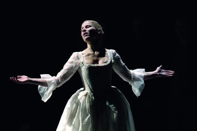 Sally Matthews in Dialogues des Carmélites, Theater an der Wien (2008) © Armin Bardel