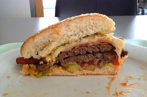 Burger - Lateral cut / Querschnitt