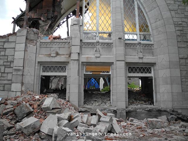 Eglise Notre-Dame-de-la-Paix demolition 6/06/14 12