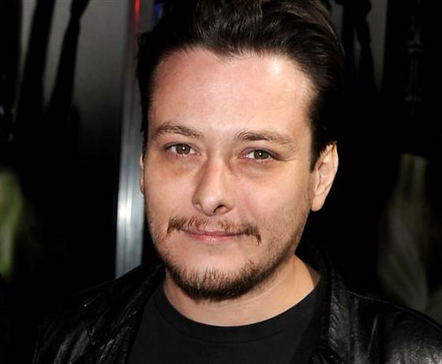 1C6314109-121030-edward-furlong.blocks_desktop_medium