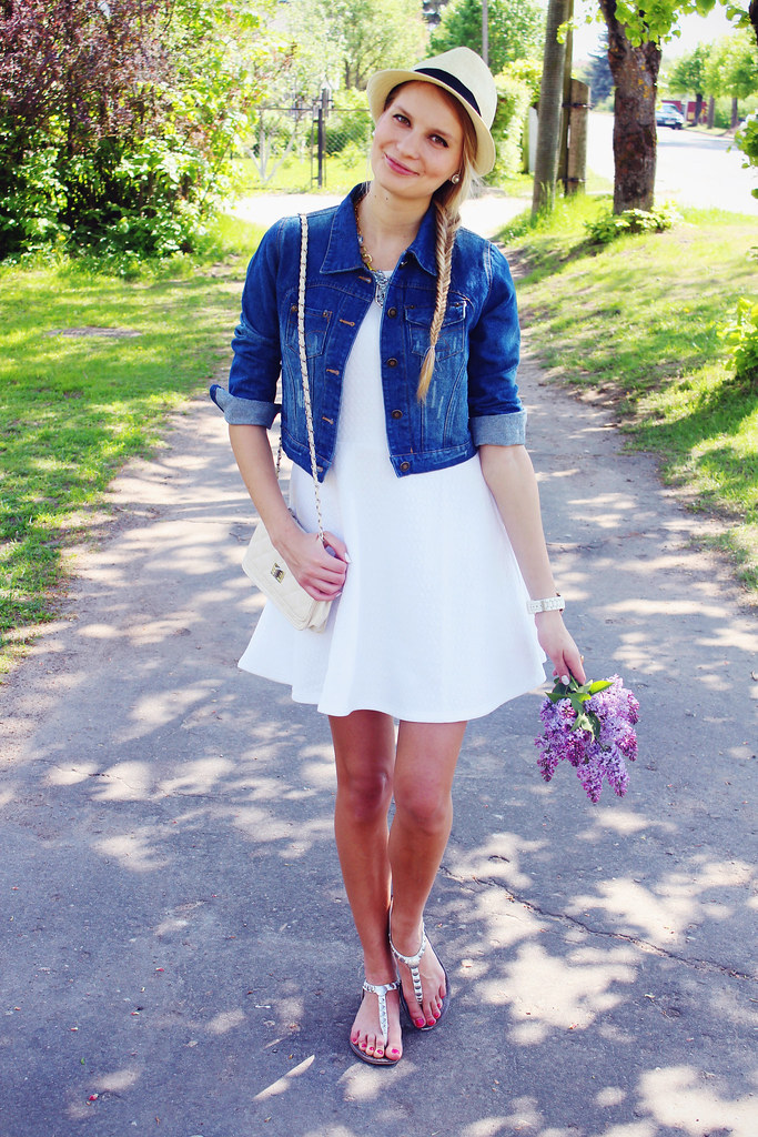 how-to-style-white-summer-dress
