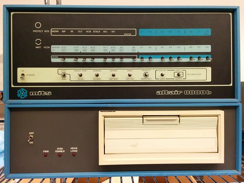 MITS Altair 8800b