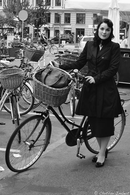 40's cyclist