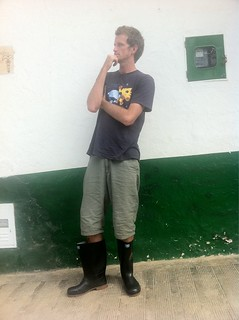 "2days into working on the farm Fundacion Viracocha, hard work but good. Finally found a size ""muy grande"" gumboot"