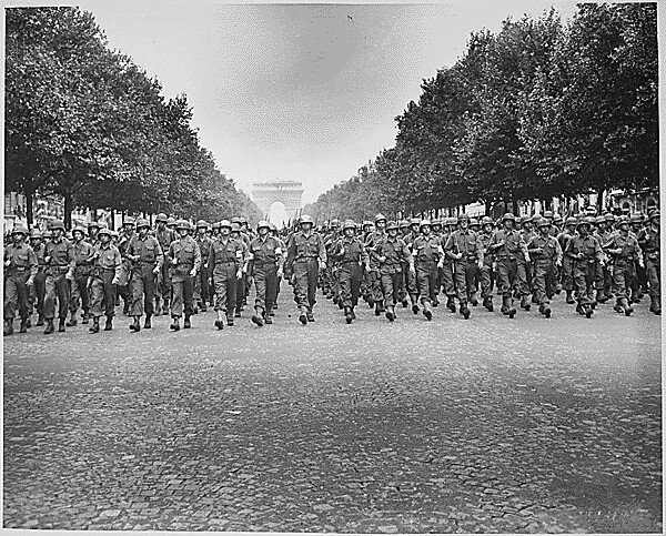 american army parade  in paris