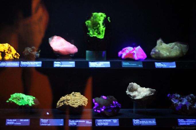 ultraviolet rocks