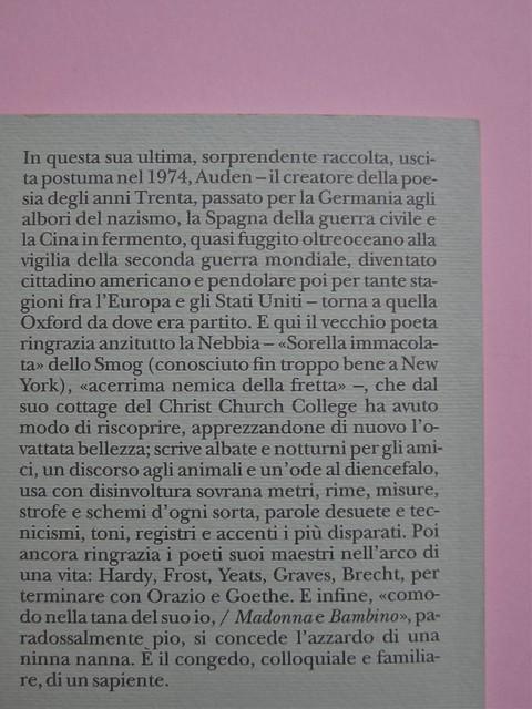 W. H. Auden, Grazie, nebbia; Adelphi 2011 [responsabilità grafica non indicata]. Quarta di copertina (part.), 2