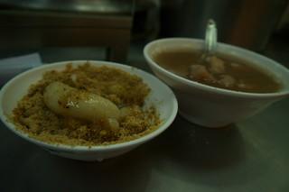 Wanhua Night Market 華西街/廣州街 - 燒麻粟