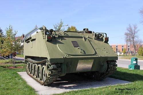 ontario canada canon canadianarmedforces fmc iroquoisfalls armoredpersonnelcarriermii3a2 foodmachinerycorp unitedstatesarmedforcesveteransmemorialpark