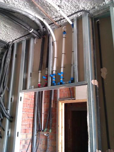 Tabique de yeso laminado moderno aprende con sergio - Como hacer una instalacion de fontaneria ...
