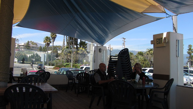 IMG_3089_6 120418 Santa Barbara Shoreline Cafe view ICE rm stitch98 (4)
