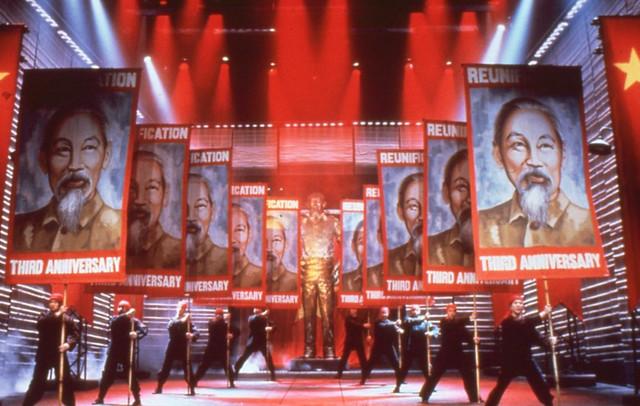 Broadway Miss Saigon - Vở nhạc kịch