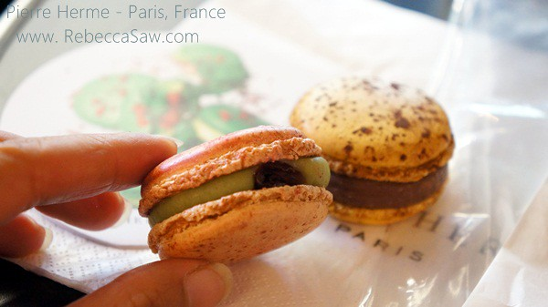 pierre herme in Paris - macarons-003