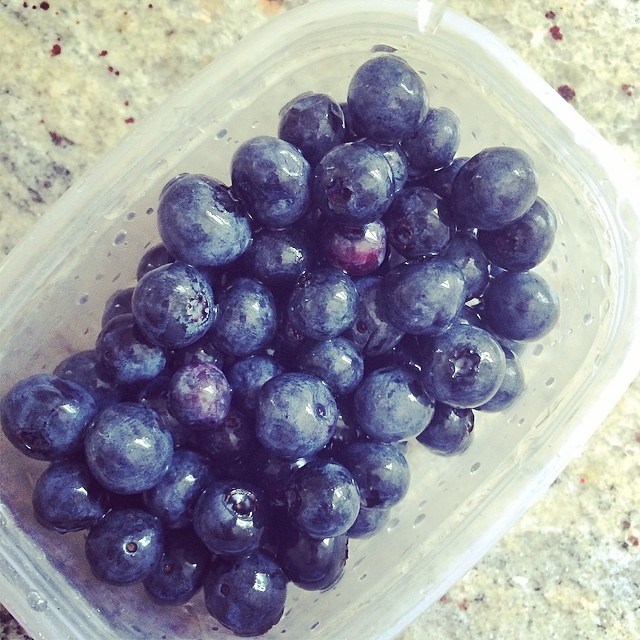 Day 12, #Whole30 - snack (blueberries)