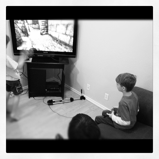 Vincent gets to play video games...he's lovin' it :-)