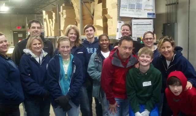 Corizon volunteers with Second Harvest Food Bank