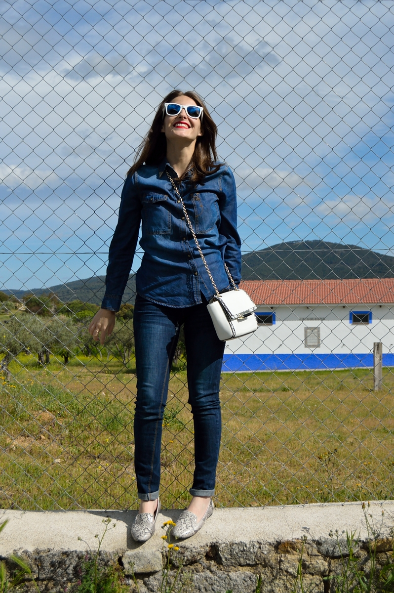 lara-vazquez-madlulablog-easy-look-denim-spring-trends