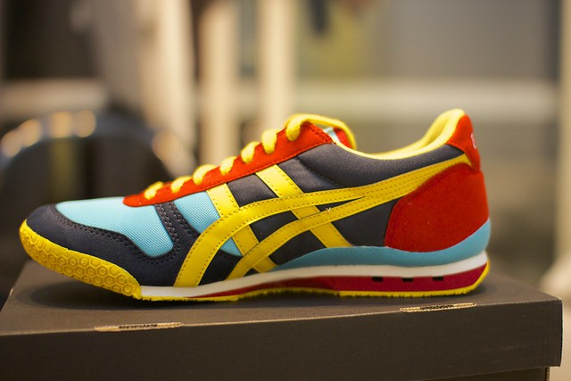 Onitsuka Tiger ULTIMATE 81