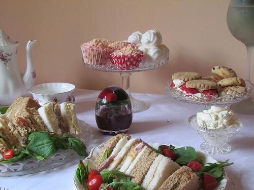 tea party merangue