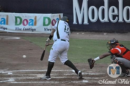DSC_0189 Pericos de Puebla vs Leones de Yucatán (1er Juego de la Serie) por LAE Manuel Vela