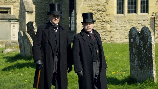 DowntonAbbeyS01E01_Robertblack