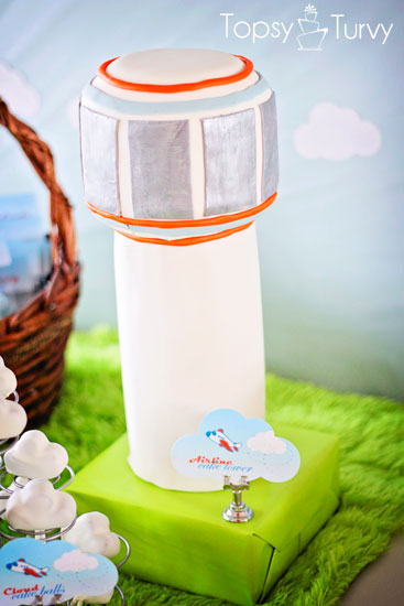 airplane-baby-show-air-traffic-control-tower-cake
