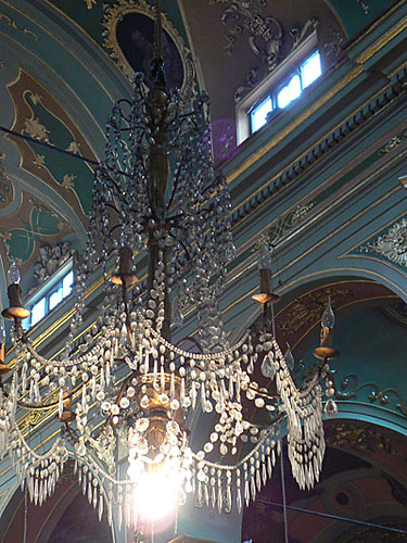 lustre église dolce aqua.jpg