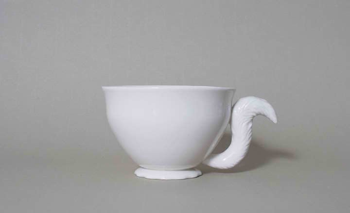 fox tail as cup handle