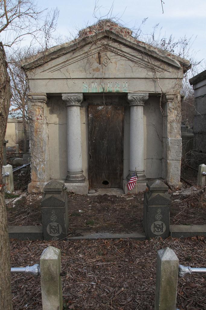 Bayside-Acacia Cemetery