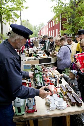 Siivouspäivä 25.5.2013, kuvaaja Jaakko Blomberg