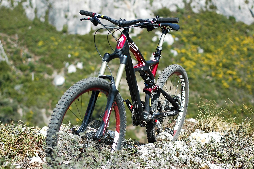Review > A ride on Specialized S-Works Enduro - ALL MOUNTAIN