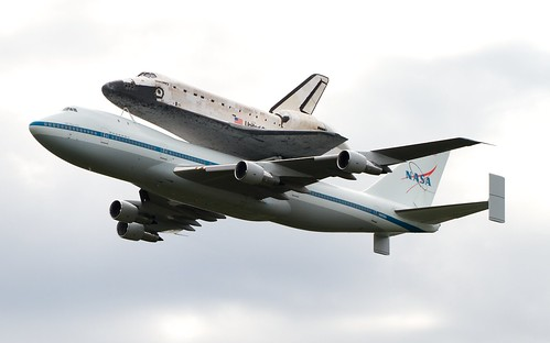 [フリー画像素材] 乗り物・交通, 宇宙船, 航空機, スペースシャトル, ボーイング747, ディスカバリー (オービタ)  ID:201204210000