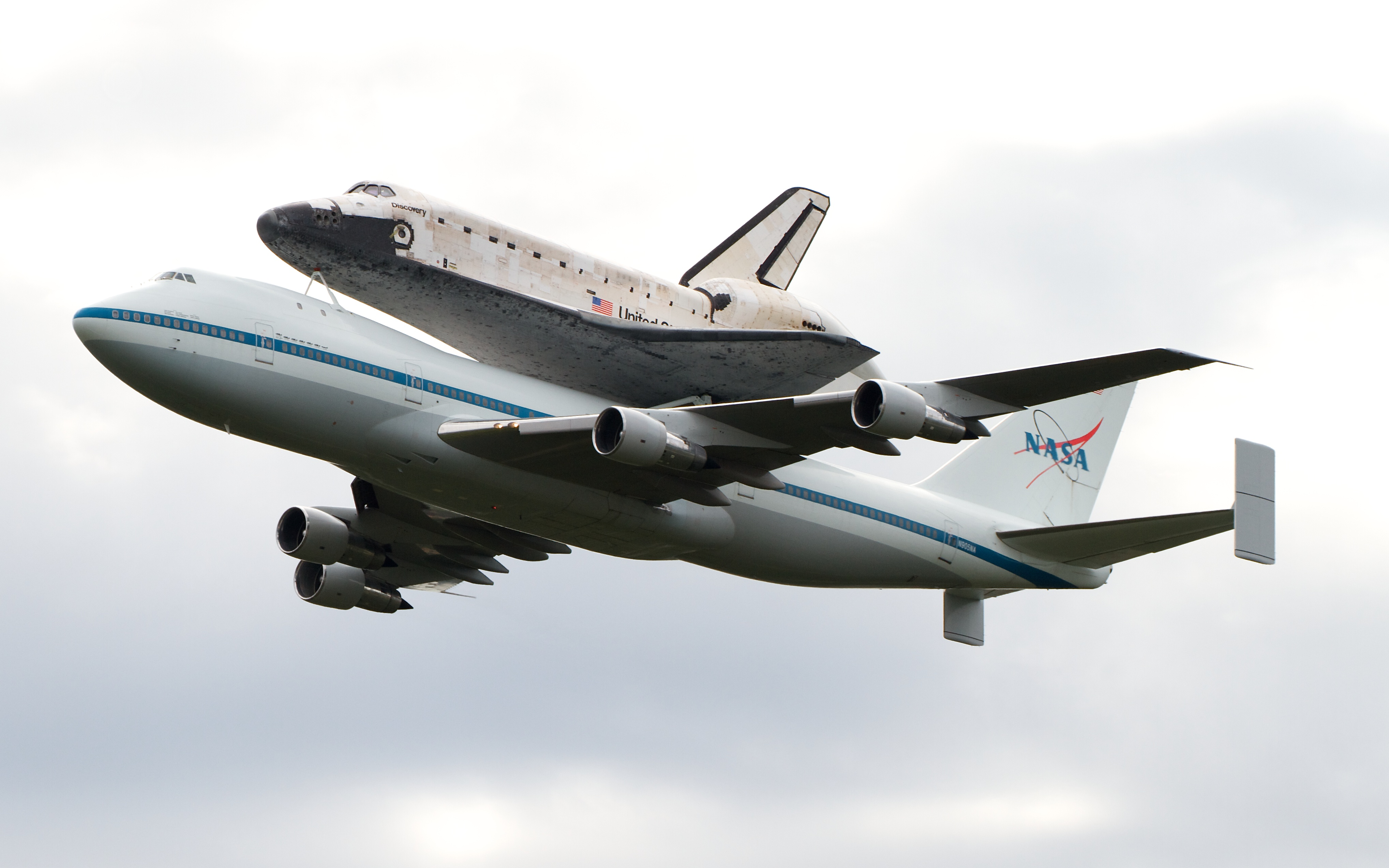 space shuttle flying - photo #26