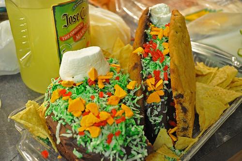 Mexican-Fiesta-03-Taco-Cake
